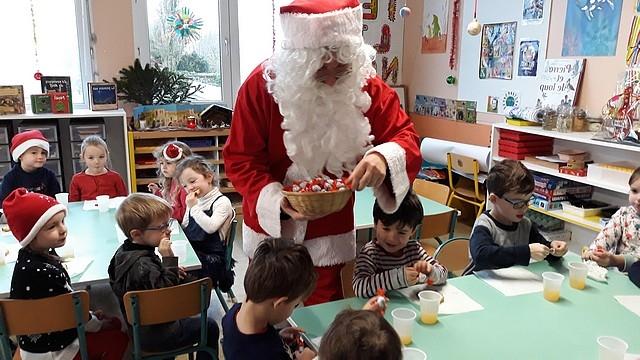 Le_Père_Noël_en_maternelle201817