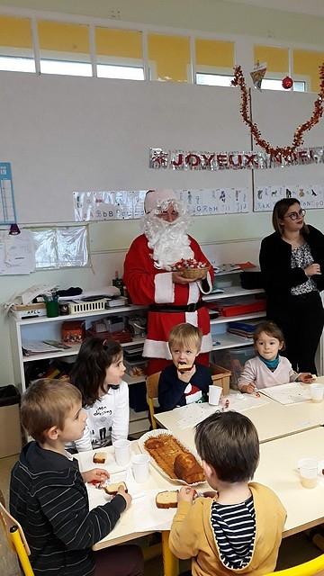 Le_Père_Noël_en_maternelle201820