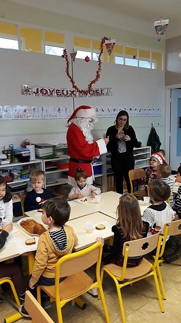Le_Père_Noël_en_maternelle201821