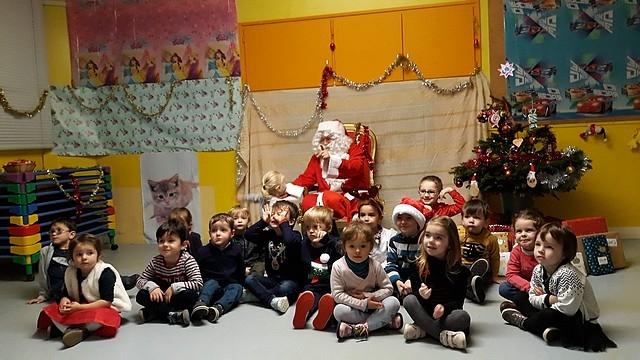 Le_Père_Noël_en_maternelle20184