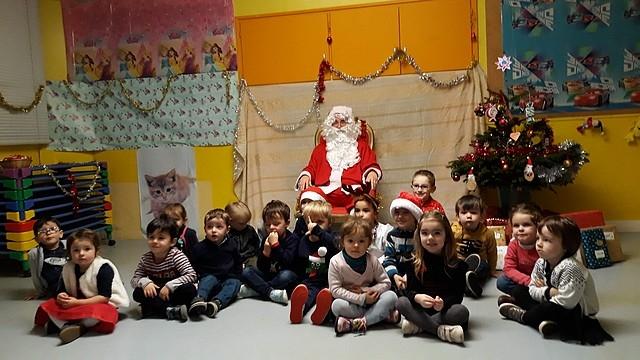 Le_Père_Noël_en_maternelle20187